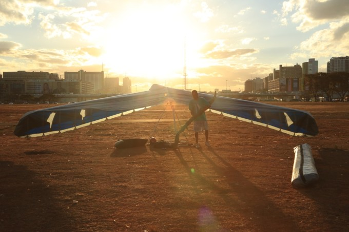 desmontando Asa Delta Brasilia 2013bebe